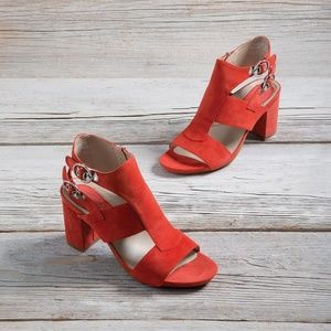 Earthies Shoes - ISO: Earthies Earth Brand Marino Coral Sandals 8